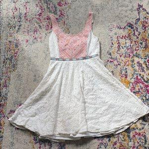 Flying Tomato White Lace Dress